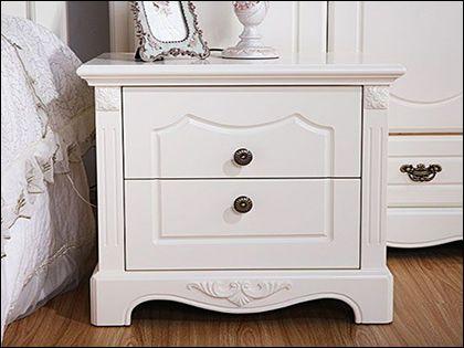 """床头柜尺寸:为床具选择合适的""""左膀右臂"""""""