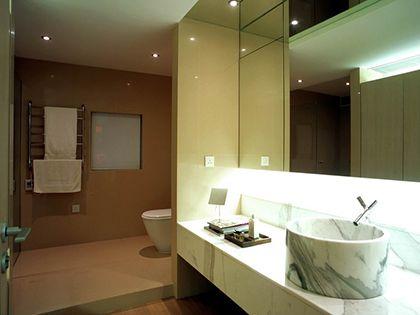 卫生间镜子风水:镜子不可随意买 摆设位置有讲究