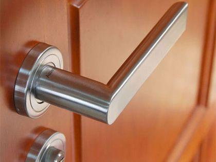 门把手安装,安全防盗要重视
