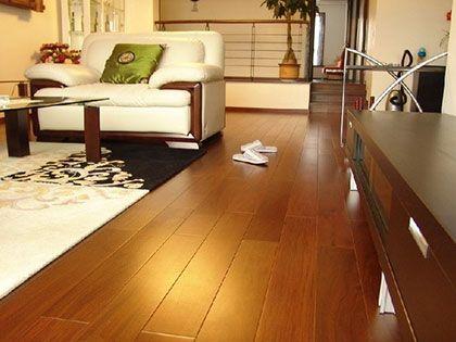地板油漆:施工工艺好,翻新烦恼少