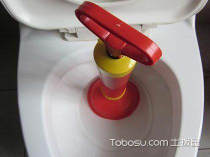 抽水马桶疏通4大方法,快速解决马桶堵塞问题