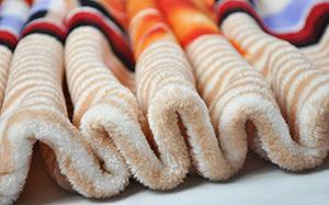 【法兰绒】法兰绒和珊瑚绒的区别,法兰绒特点,清洁保养,图片