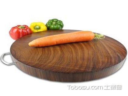 """实木菜板哪个好?四种厨房""""硬汉""""比拼"""