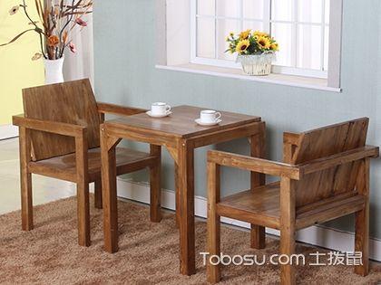 咖啡桌图片分享,空闲倚坐小息享受温暖与诗意