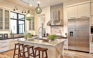 【开放式厨房】开放式厨房油烟问题,开放式厨房装修风格,玻璃隔断,装修效果图