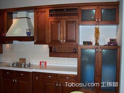 实木橱柜门价格如何?和木质材料息息相关