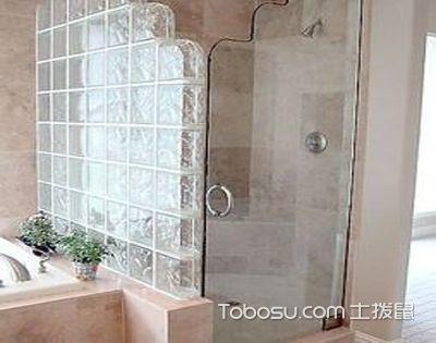 卫生间玻璃砖隔断墙适合装什么门?木门or玻璃门都可以