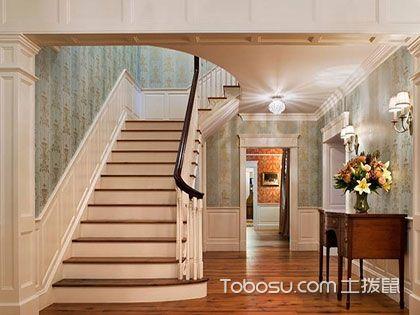 楼梯墙裙效果图:这样装修更美观!