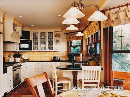 小面积厨房装修效果图——厨房不在大,实用就行