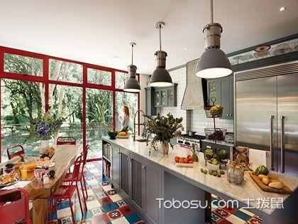 一字型厨房装修效果图——小空间里的大气质