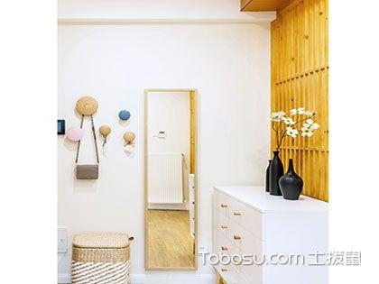 日式玄关设计很难?有榻榻米和木质壁柜就够了