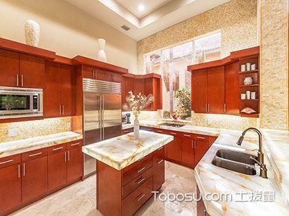 中式厨房装修的重点:橱柜的造型和材质