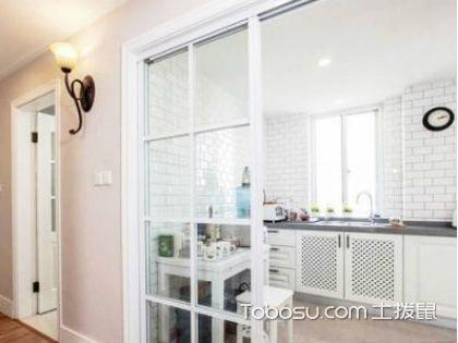 厨房玻璃墙面如何选购?要做到看、听、摸