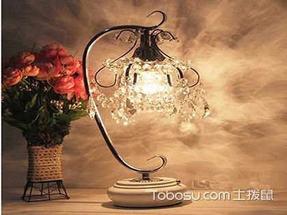 床头灯选购技巧,为您的卧室锦上添花