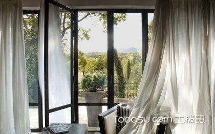 带阳台的客厅窗帘挂法介绍,带阳台的客厅窗帘挂法案例分享