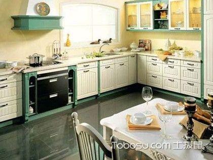 壁橱和橱柜的区别,厨房里到底该装哪个呢?