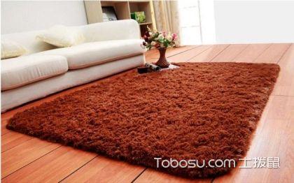 纯色地毯如何搭配家具