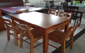 【橡木餐桌】 橡木餐桌介绍和价格以及图片展示