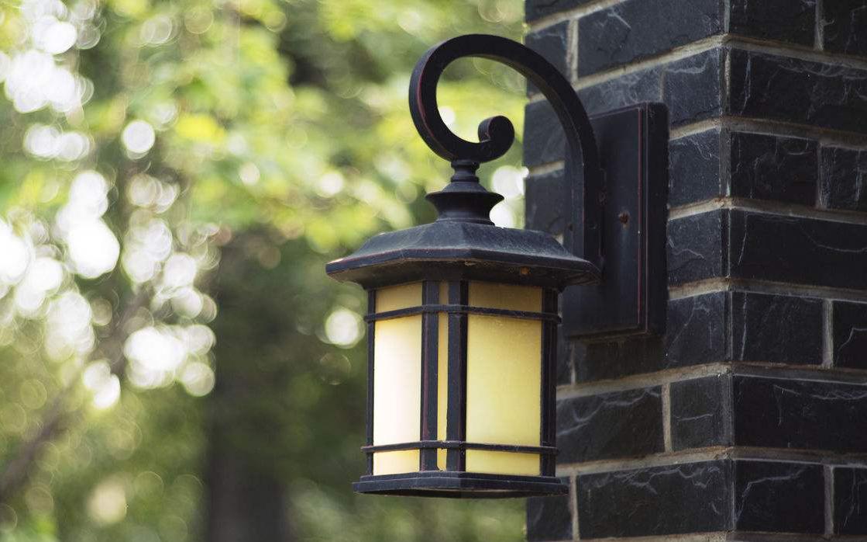 【室外壁灯】室外壁灯介绍、品牌及安装