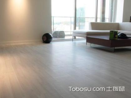 木地板的颜色花纹各种各样,大家在选择的时候就需要和装修的整体风格