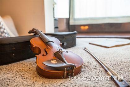 看卧室地板装修效果图,选择家用地板优质材料