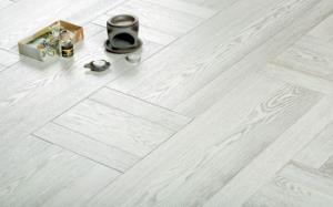 白蠟木地板選購