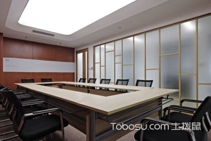 200平米方形办公室u乐娱乐平台U乐国际,介绍办公室的u乐娱乐平台U乐国际