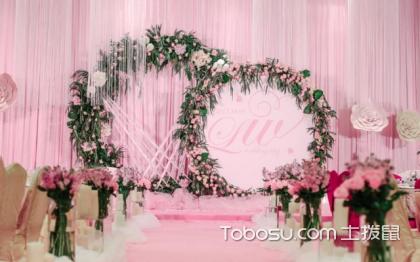 婚礼背景墙如何布置?怎么布置更好看呢?