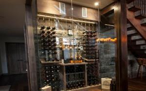 【玻璃酒柜】玻璃酒柜的简介造型设计及效果图