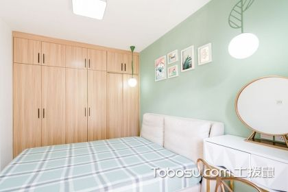 小户型卧室衣柜装修效果图,用上每一个角落