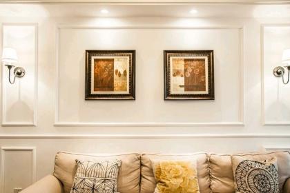 石膏线背景墙装修设计图,简约线条?#26448;?#36825;么美