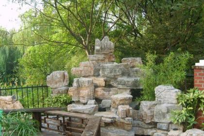 中式庭院假山效果圖,山石也能讓庭院精彩絕妙