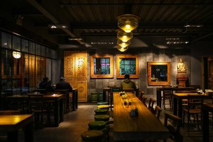 2018年创意饭店装修图片,优雅精致的美食空间