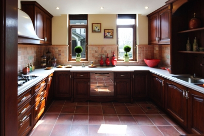 厨房什么颜色风水好?厨房装修适合什么颜色?