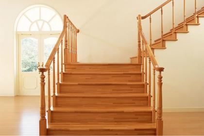 楼梯设置在什么位置风水好?6大室内楼梯风水禁忌一定要知道