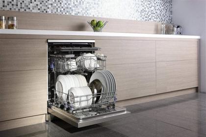 洗碗机如何选,洗碗机选购注意事项?#31383;?#24537;