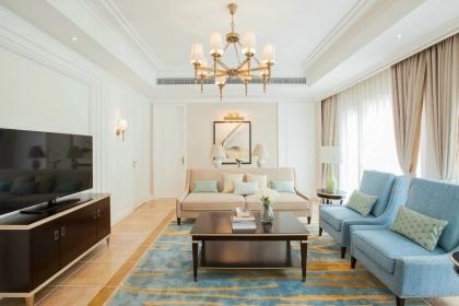 110平米现代风格两居室装修,精致简约的家居设计
