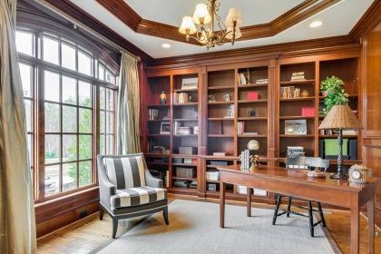 书房装修设计效果图,来点创意让书房耳目一新
