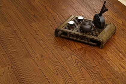 实木复合地板保养方法,学会这7招轻松保养实木复合地板