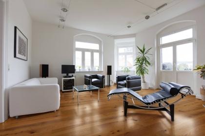 实木地板保养方法介绍,实木地板如何保养