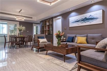 145平米原木混搭风格装修,简约温馨家居设计