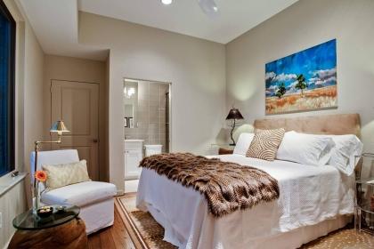 卧室摆放什么画风水好?卧室挂画应该选择这几种
