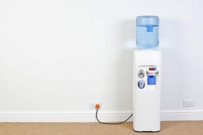 什么樣的飲水機好?飲水機的選購技巧分析