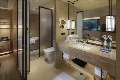 卫生间瓷砖什么颜色好,卫生间贴瓷砖注意事项