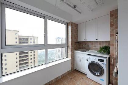 阳台洗手盆的装修事项,洗手盆的材质比较
