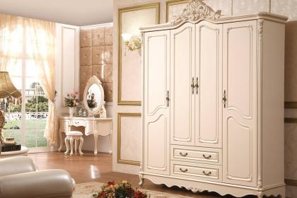 卧室衣柜门选择哪种样式好用?衣柜推拉门和平开门区别介绍