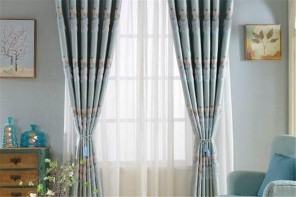家用窗簾如何選擇?選擇什么樣的窗簾最合適