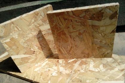 欧松板与多层板哪个贵?挑选板材一定要掌握这些技巧