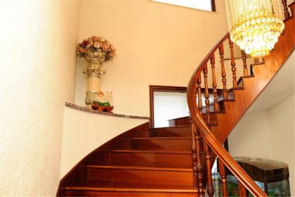 實木樓梯如何保養,實木樓梯設計技巧