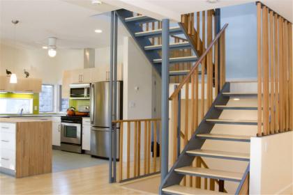 楼梯材料如何选购,楼梯材料选购技巧